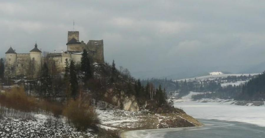 Dębno, Niedzica, Czerwony Klasztor - zimą - zdjęcie