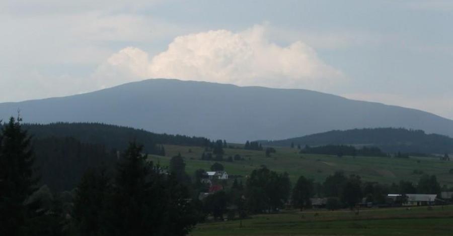 Jabłonka - miejscowośc z widokiem na Babią Górę - zdjęcie