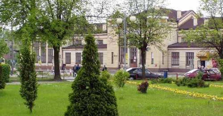 Dworzec PKP w Zawierciu - zdjęcie