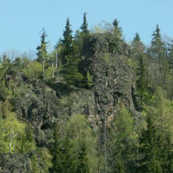 Rezerwat Kruczy Kamień w Lubawce