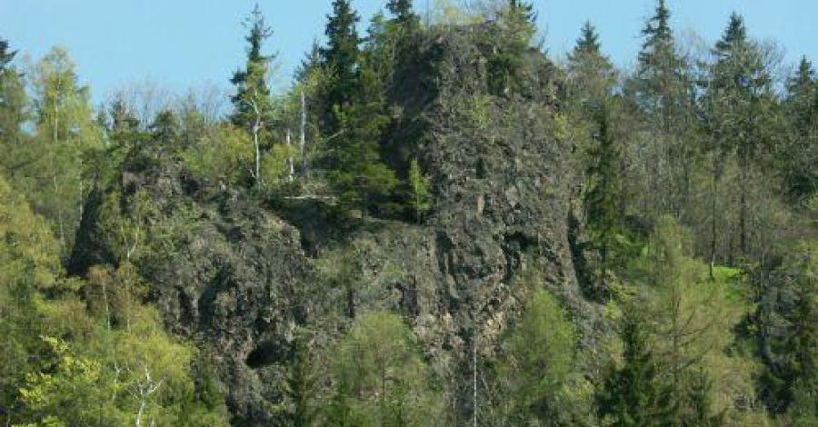 Rezerwat Kruczy Kamień w Lubawce - zdjęcie