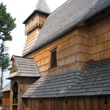 Drewniany kościółek w Dębnie na Podhalu, Anna Piernikarczyk