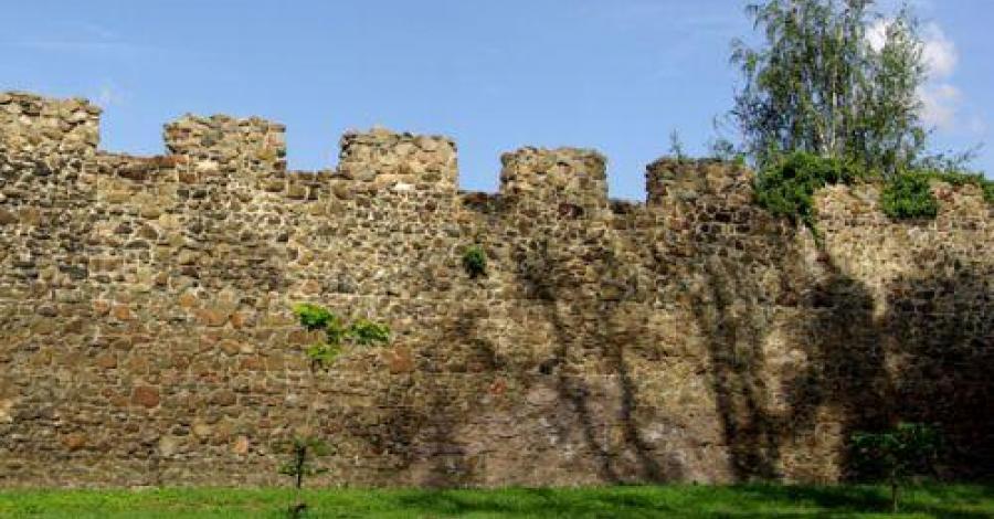 Mury w Świebodzicach - zdjęcie