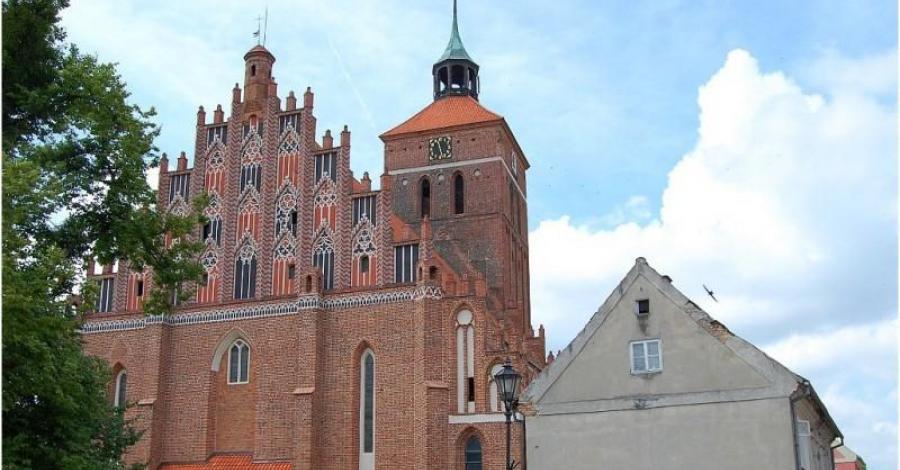 Kościół w Reszlu - zdjęcie