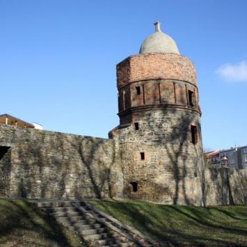 Mury obronne w Głubczycach
