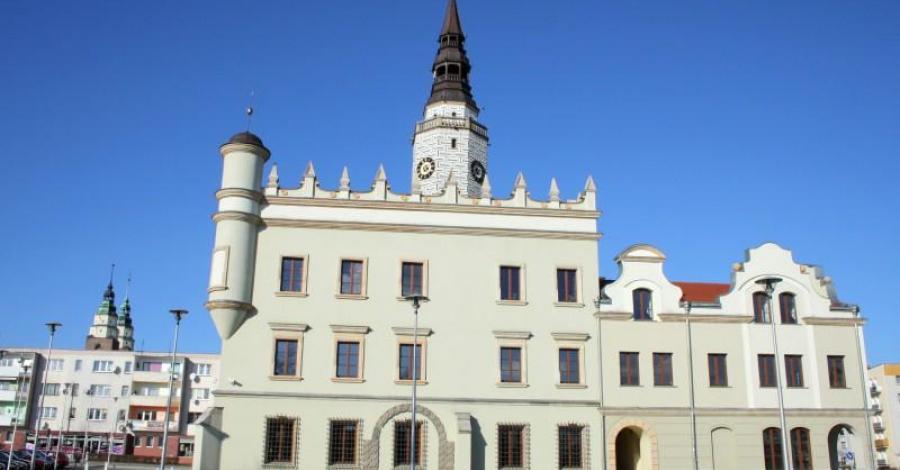 Ratusz w Głubczycach - zdjęcie