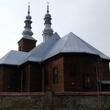 Drewniany kościół w Wilkowisku
