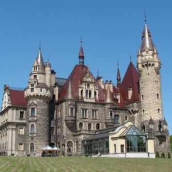 Zamek-Moszna i Zoo w Opolu - zdjęcie
