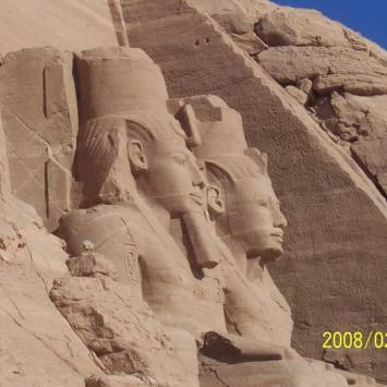 Egipt - patrząc w oczy Sfinksa.