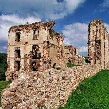 Zamek w Bodzentynie, monika
