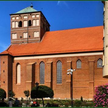Bazylika w Chojnicach - zdjęcie