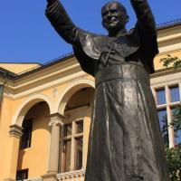 Pomnik Papieża w Krakowie