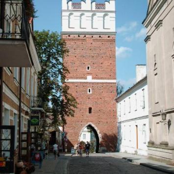 Brama Opatowska w Sandomierzu, mirosław