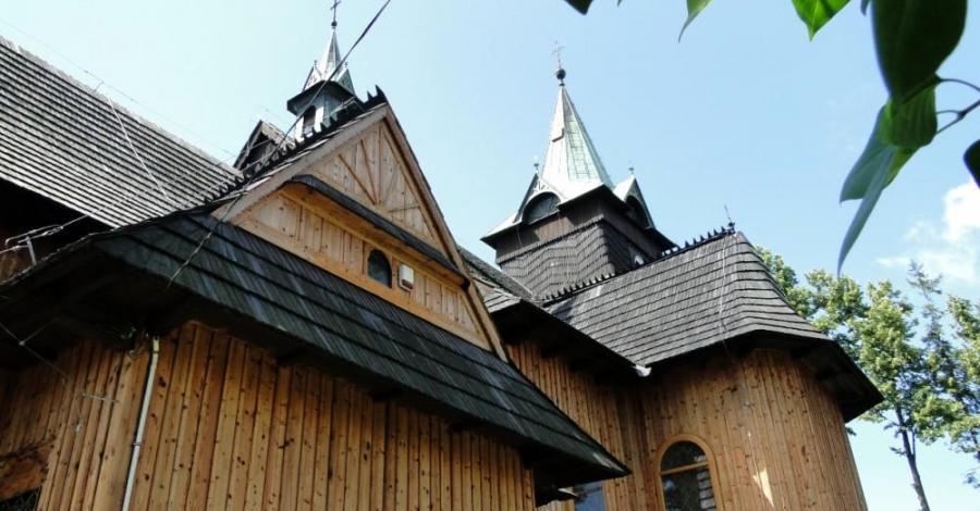 Kościół w Zębie - zdjęcie