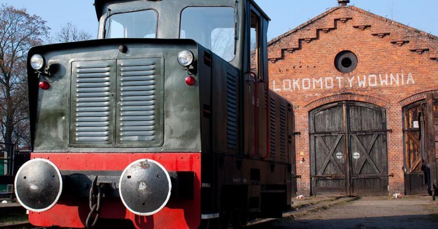 Zabytkowa stacja kolejki w Rudach, Anna Piernikarczyk
