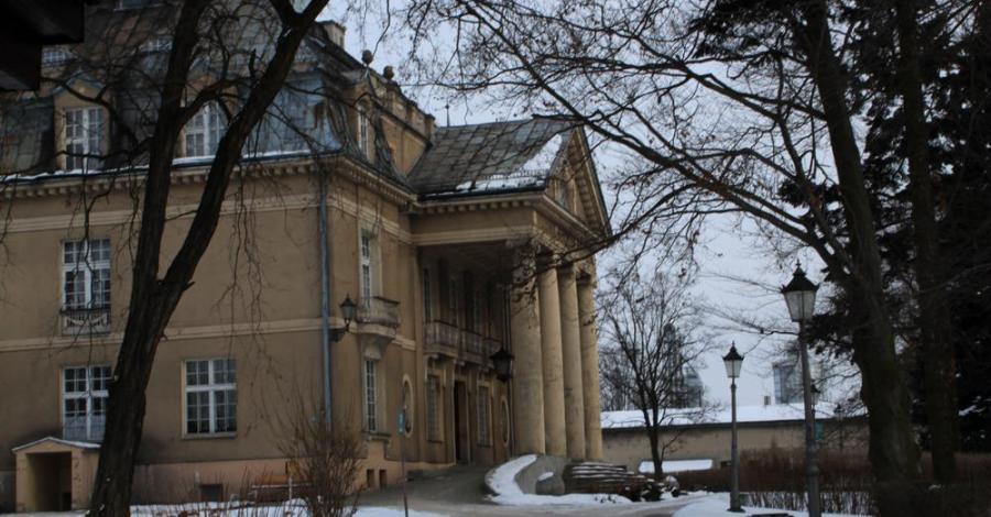 Pałac w Łubiu - zdjęcie