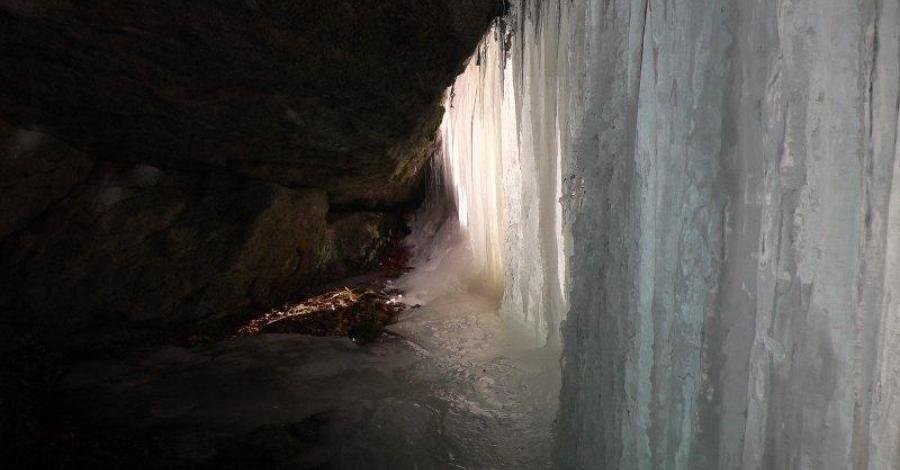 Jaskinie w Beskidzie Małym - zdjęcie