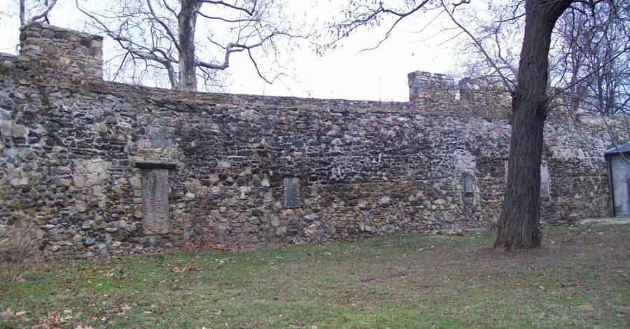 Mury miejskie w Strzegomiu - zdjęcie