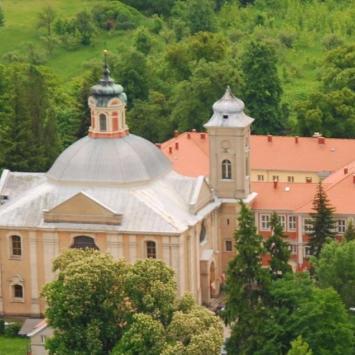Kościół i Klasztor w Owińskach, Anna Piernikarczyk
