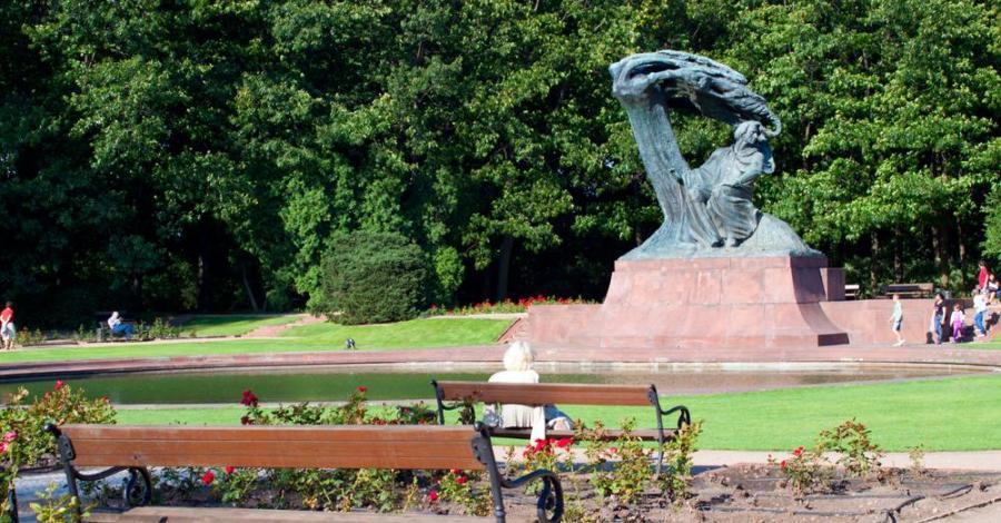 Pomnik Fryderyka Chopina w Warszawie - zdjęcie