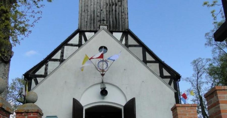 Sanktuarium w Sianowie - zdjęcie