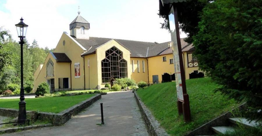 Sanktuarium w Matemblewie - zdjęcie