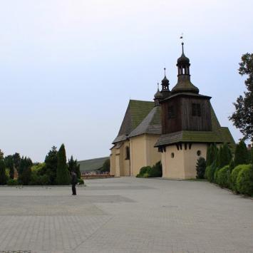 Drewniany kościół w Sadowie
