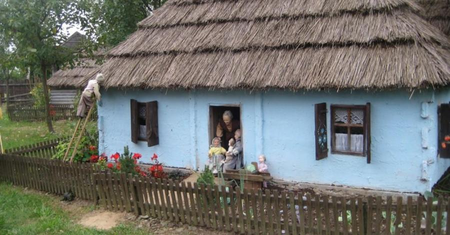 Muzeum Lalek w Pilźnie-Gospoda u Wiedźmy - zdjęcie