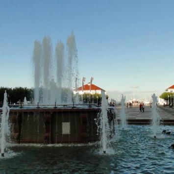 fontanna przed wejściem na molo, toja1358