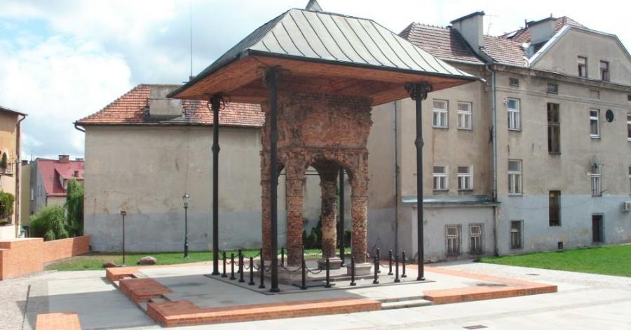 Synagoga w Tarnowie, mokunka