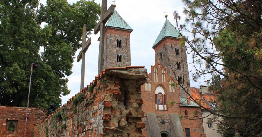 Kościół NMP w Czerwińsku nad Wisłą - zdjęcie