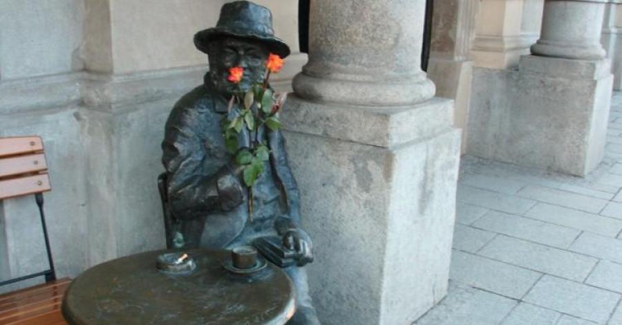 Pomnik Piotra Skrzyneckiego w Krakowie - zdjęcie