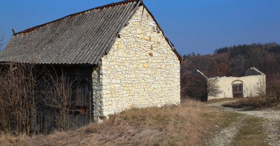 Stodoły w Mstowie - zdjęcie