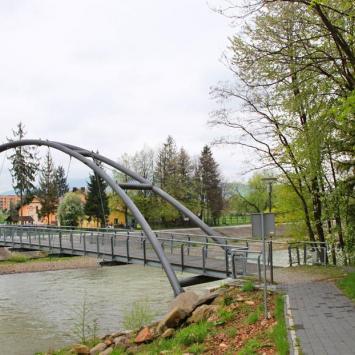 Bulwar nad Sołą w Węgierskiej Górce