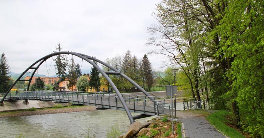 Bulwar nad Sołą w Węgierskiej Górce - zdjęcie