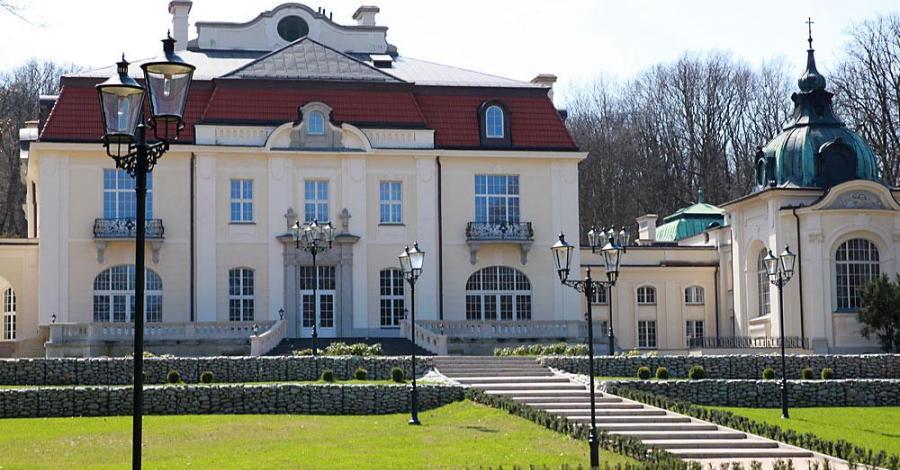 Pałac Goetzów w Brzesku, Anna Piernikarczyk