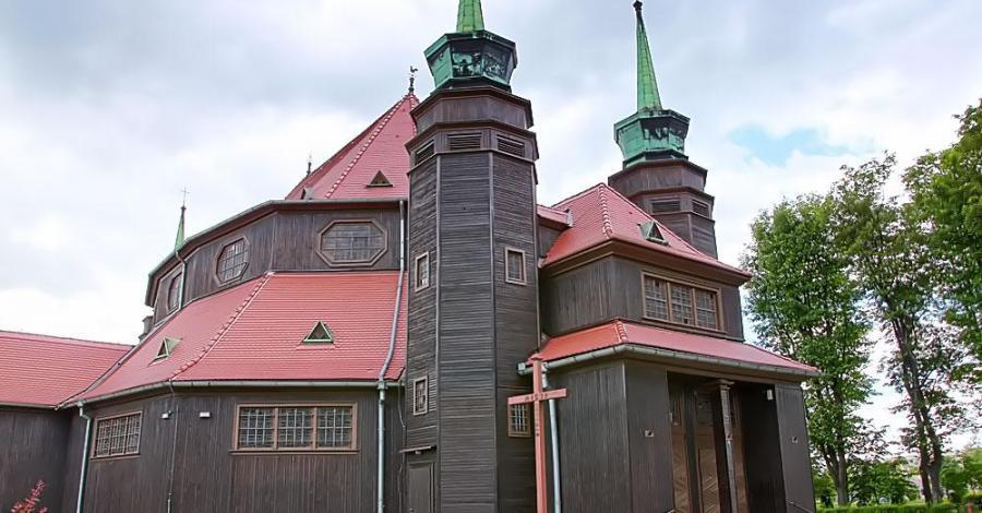 Drewniany kościół w Zabrzu - zdjęcie