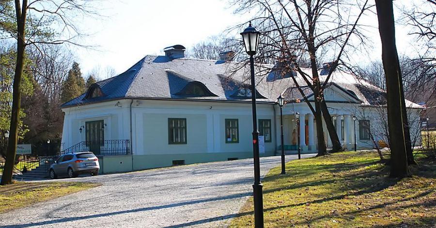 Dwór w Bolesławiu - zdjęcie