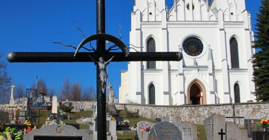 Kościół w Bolesławiu - zdjęcie
