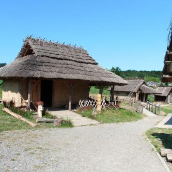 Osada Średniowieczna Huta Szklana, mokunka