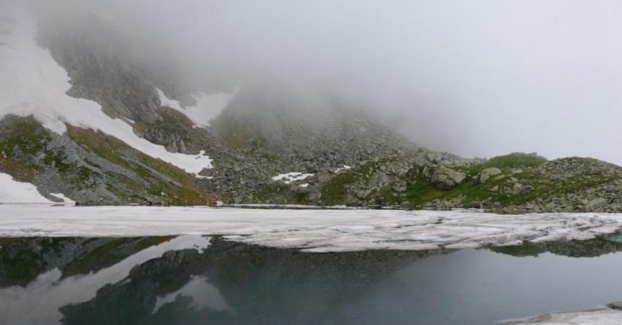 Tatry - deszczowe niedoczekanie - Dolina Białej Wody, Wielicka, Szczyrbskie Jezioro, Dolina Kościeliska, Ornak, Dolina Chochołowska - zdjęcie