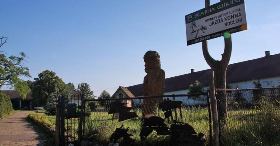 Stajnia Wiking w Złotym Potoku - zdjęcie