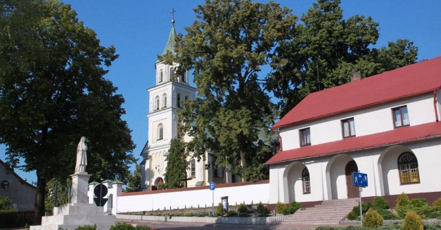 Kościół w Złotym Potoku - zdjęcie