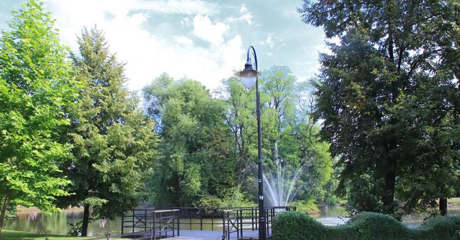Park w Andrychowie - zdjęcie