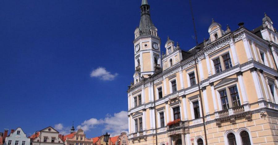 Ratusz w Lądku Zdroju - zdjęcie