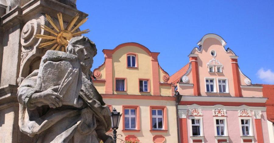 Kolumna Świętej Trójcy w Lądku Zdroju - zdjęcie