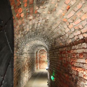 Podziemna Trasa Turystyczna w Kłodzku - zdjęcie