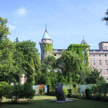 Zamek Leśna na Szczytniku - zdjęcie