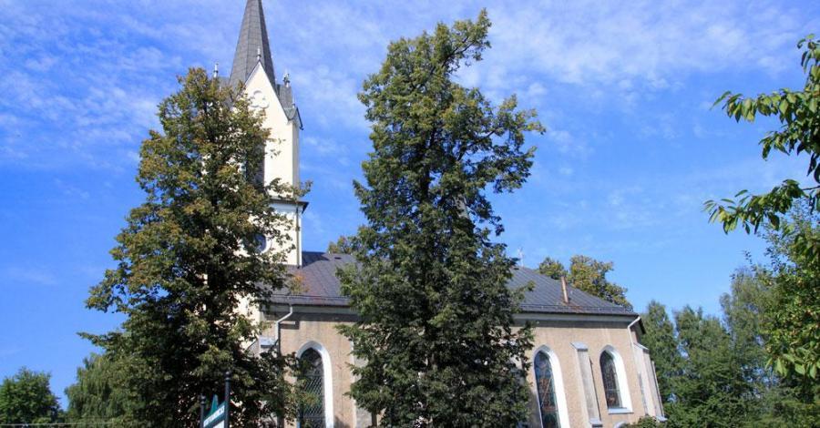 Kościół w Dankowicach - zdjęcie