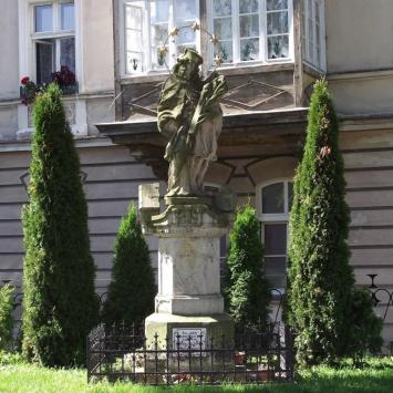 Figura Św. Jana Nepomucena w Dusznikach Zdroju